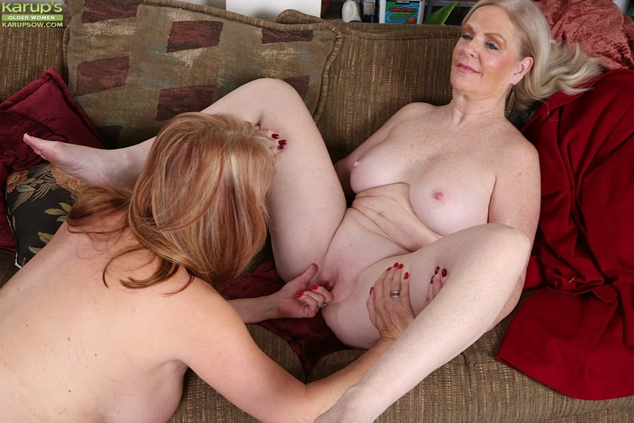 Hot sex between an attractive blonde milf and macho man