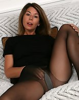 Whore MILF knows how to make her partner unload his nuts