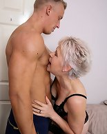 Naughty mature slut doing her younger lover